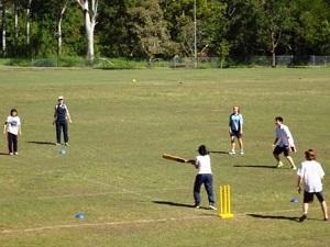 体育の授業はクリケット